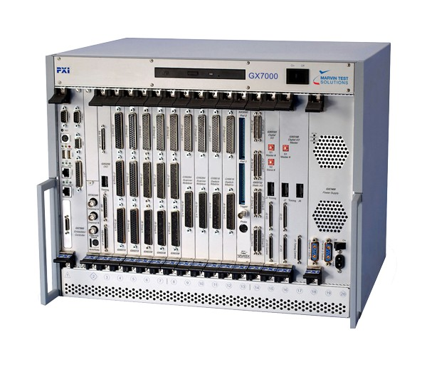 PXI Chassis | 20 Steckplätze, DVD-ROM