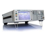 HF Signalgenerator - 250 kHz...4 GHz - AM, FM, Phase und Pulse Modulation